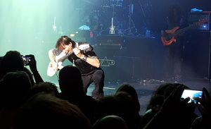Steve, shut up and eat yer guitar !