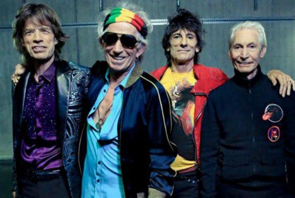 Les Rolling Stones en bleu blanc blues