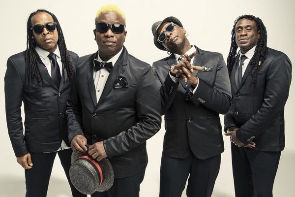 LIVING COLOUR Ouverture