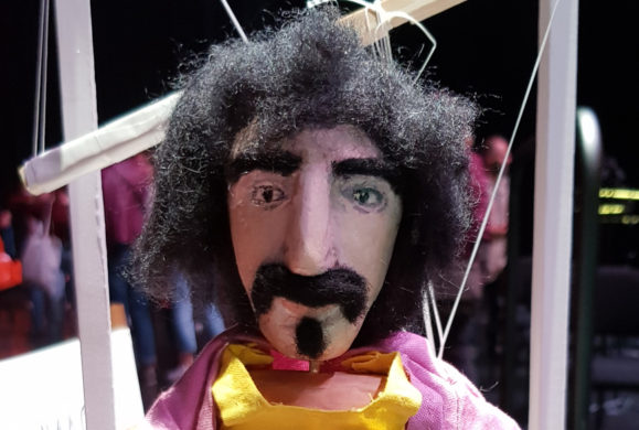 200 Motels The Suites : Zappa au zénith à Strasbourg