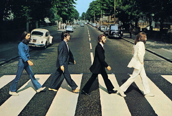 Les Beatles retraversent Abbey Road