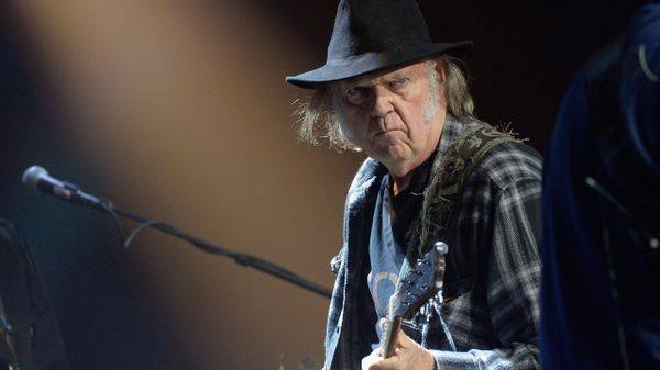 x600x337_neilyoung.jpg.pagespeed.ic.jIhQW9Y6am