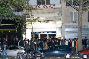 """Paris, Le Bataclan, tard dans la nuit du 29 octobre 2002... © Afshin Shahidi, extrait de """"Prince - A Private View"""""""