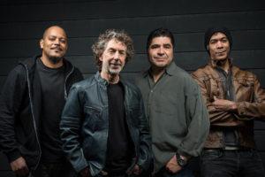 Ernest Tibbs (basse), Simon Phillips (batterie), Otmaro Ruiz (claviers) et Greg Howe (guitare), alias Protocol.