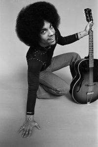 Prince en 1977. © Robert Whitman, extrait de Prince Pre Fame (NJG Publishing)