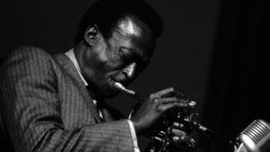 Miles Davis, dont la musique sera à l'honneur au Carré de Baudouin entre 15h et 16h.