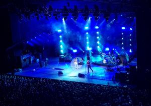 Jeff Beck dans le bleu de l'action.