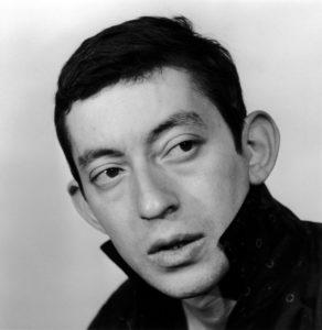 Portrait studio de Serge Gainsbourg en 1962, Paris, France.