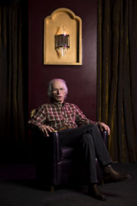 Steve Howe, un jeune homme qui vieillit bien.