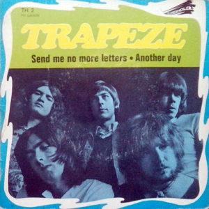 La pochette française du 45-tours de Send Me No More Letters.